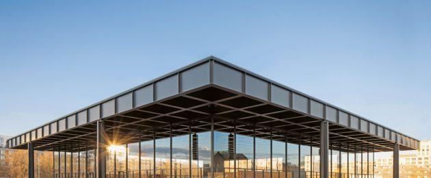Neue Nationalgalerie mit Stahldach