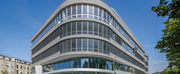 Stadthäuser: Düsseldorfer Bürogebäude